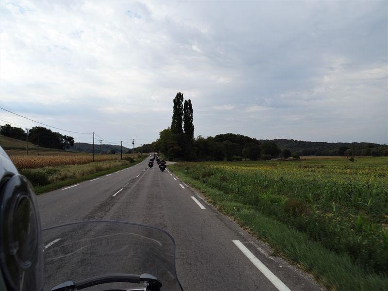 les motards  dans la vallée de la Drôme