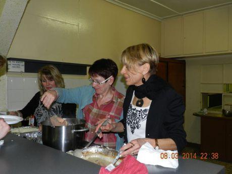 Les cuisinières à l'oeuvre