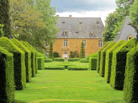 Les jardins du manoir d'Erignac 2